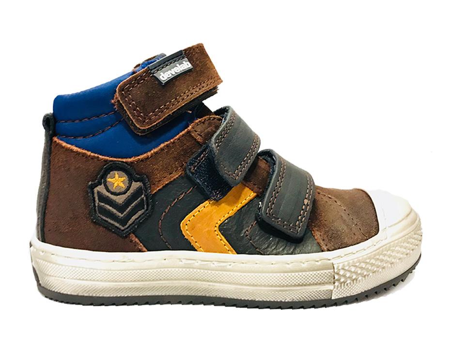 Bruine Kinderschoenen.Bruine Develab Klittenbandschoenen Verest Schoenen