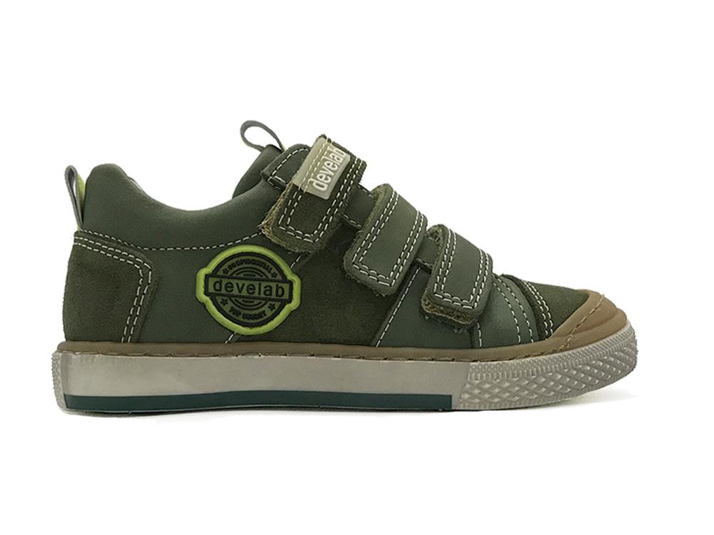 Develab Kinderschoenen.Groene Develab Klittenbandschoenen Forest Suede Verest Schoenen
