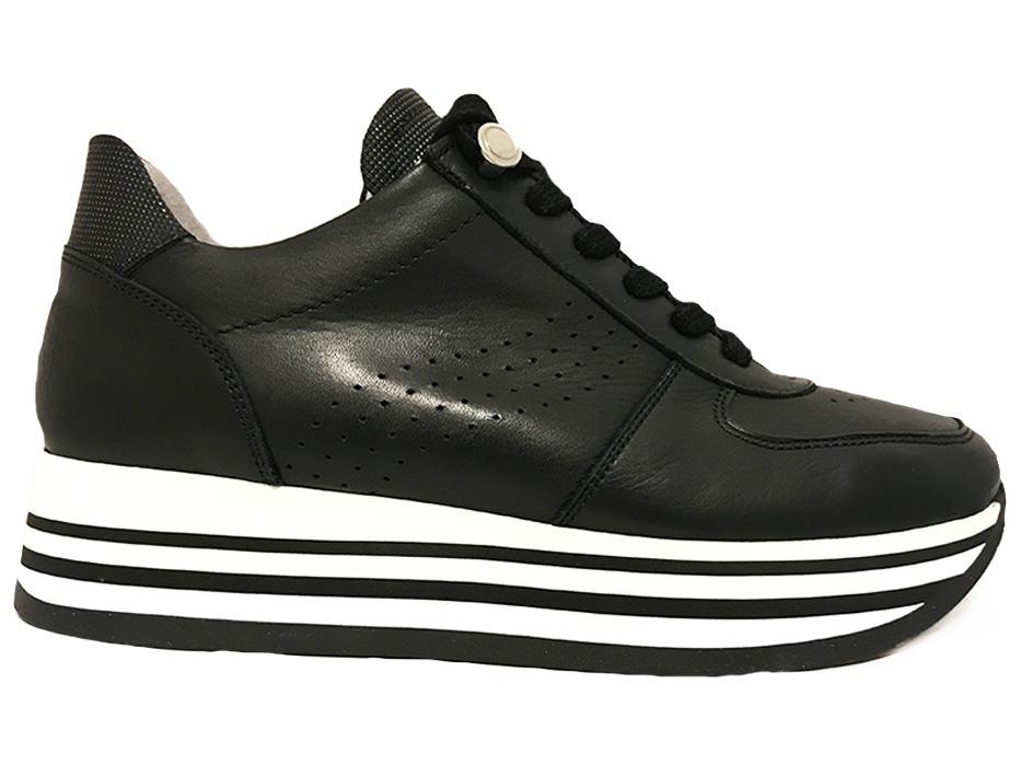 Zwarte Via Vai Sneakers Vitello Nero Nikkel
