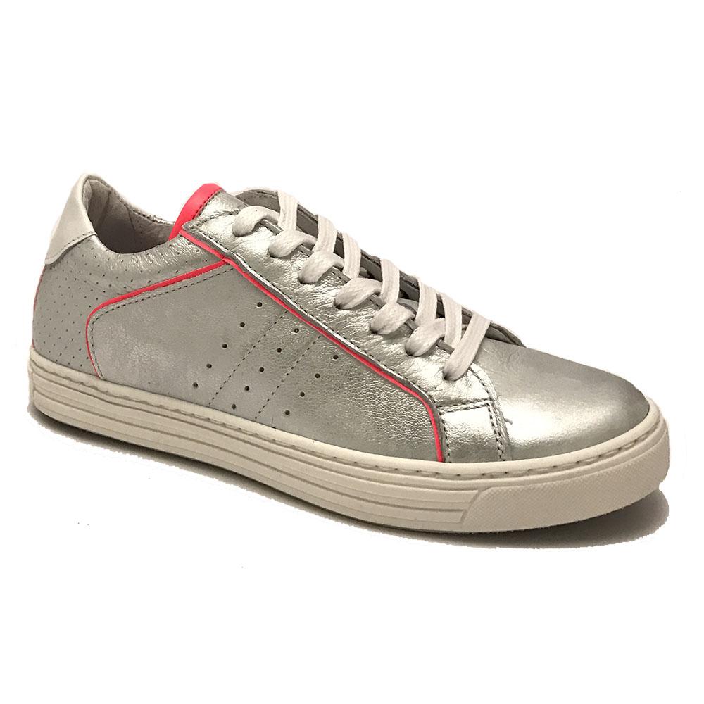 Zilveren Giga Sneakers