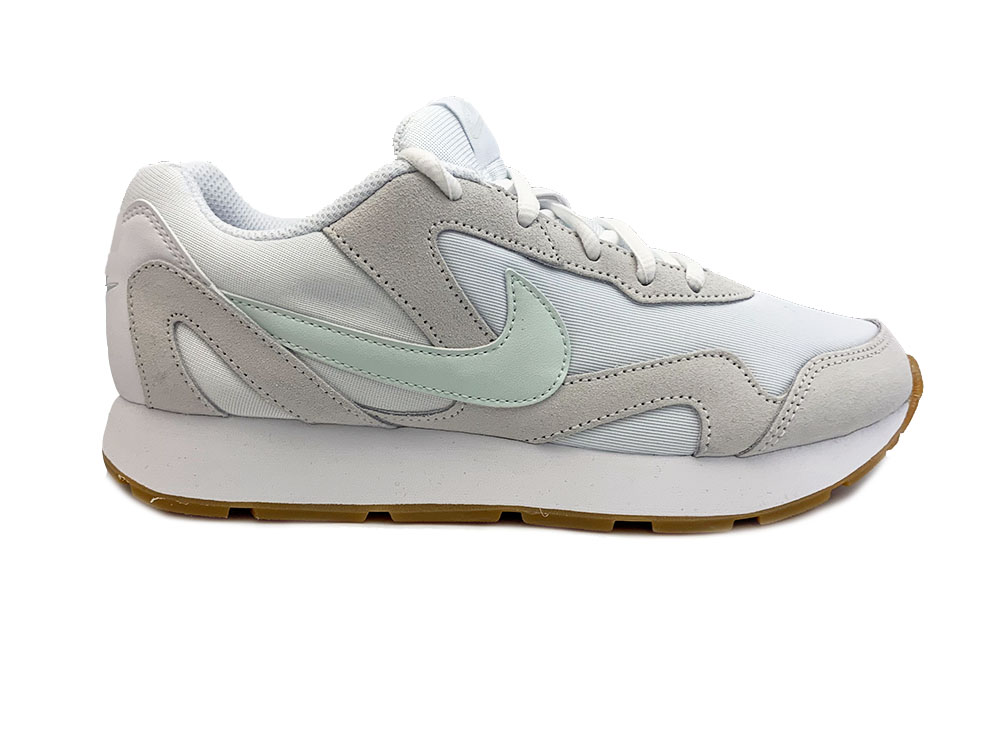 27be12ecb2be90 Witte Nike Sneakers Delfine - Verest Schoenen