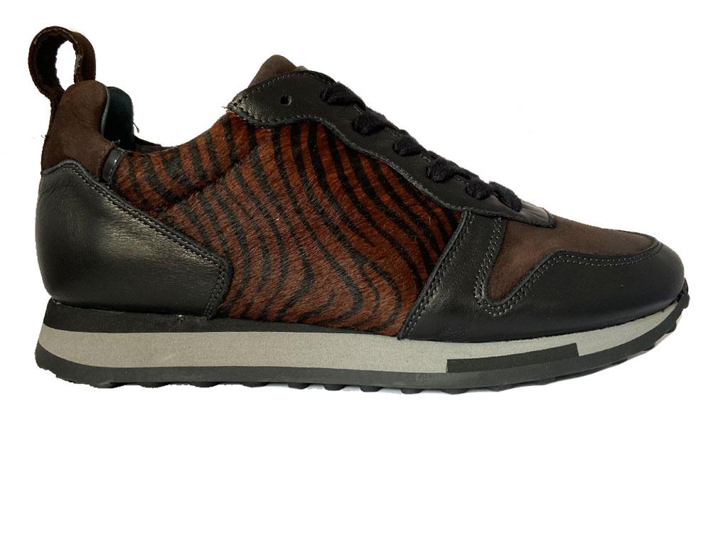 Zwarte Aqa Sneakers Velvet Black Long Beach