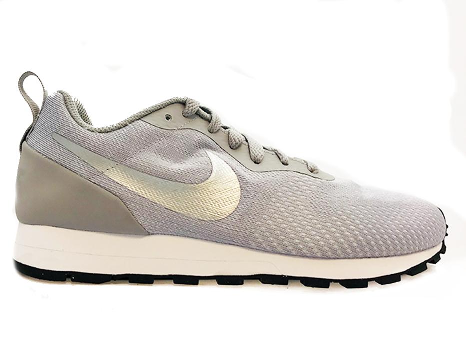 5bf6bb30716 Grijze Nike Sneakers MD Runner 2 Mesh - Verest Schoenen