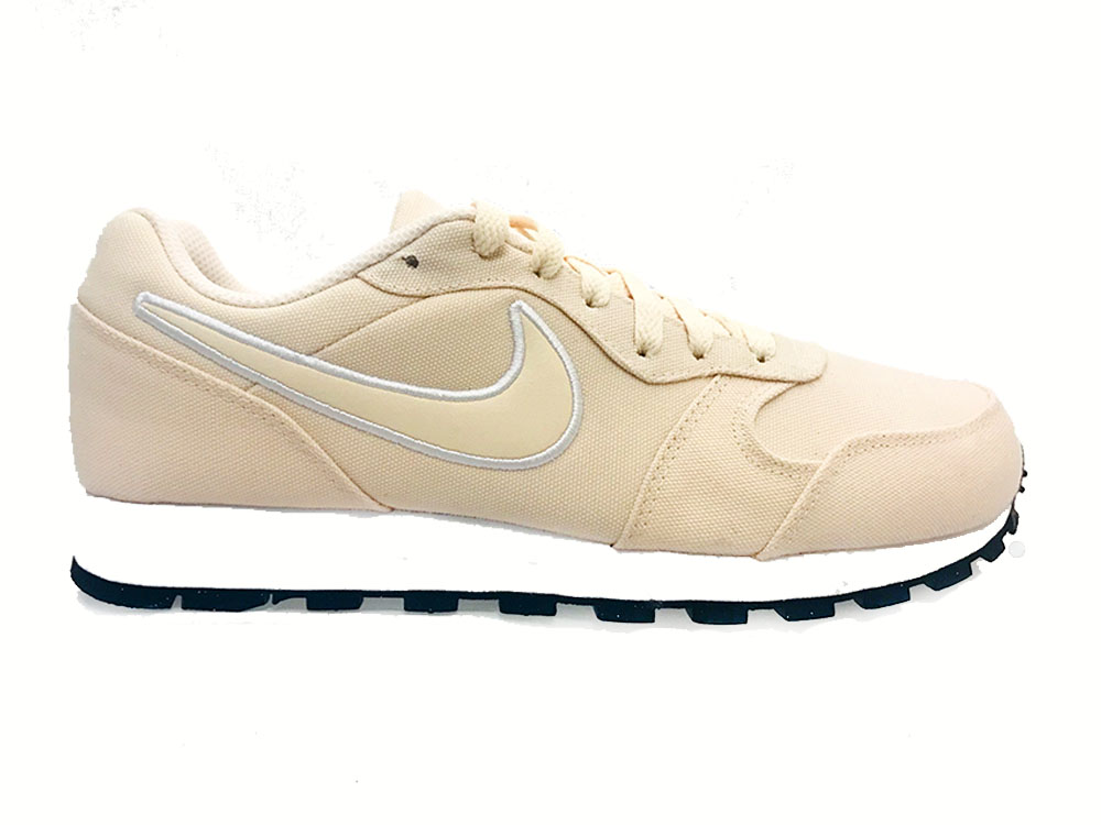 Pastel Nike Sneakers MD Runner Guave Ice