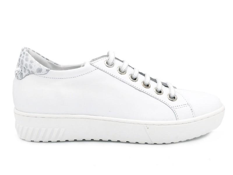052.839GO-Bianco Gosh Witte Gosh Veterschoenen