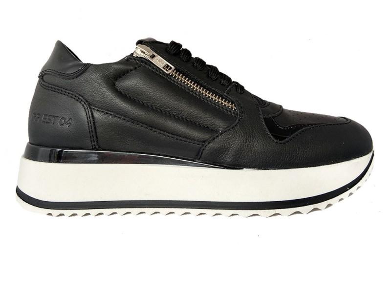 76700-922 Red Rag Zwarte Red Rag Sneakers Nappa